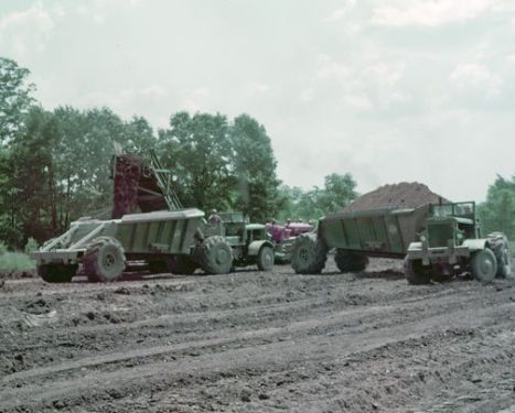 1954, EUC BV LOADER PULLED BY IH TD-24 LOADING EUC B-DUMPS IN OHIO